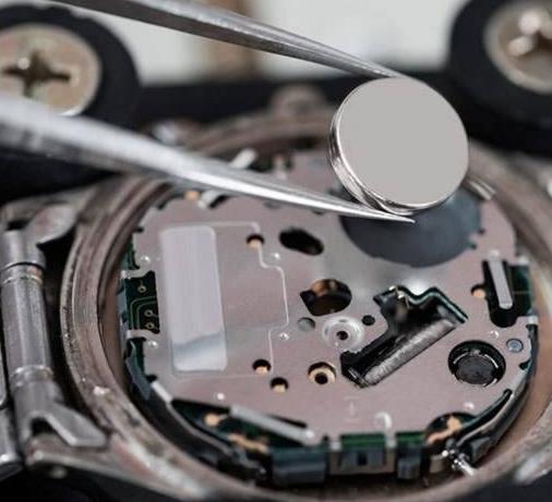 石英手表电池多久换一次?