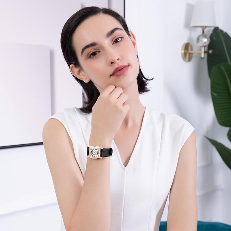 朗格推出多色调计时腕表系列