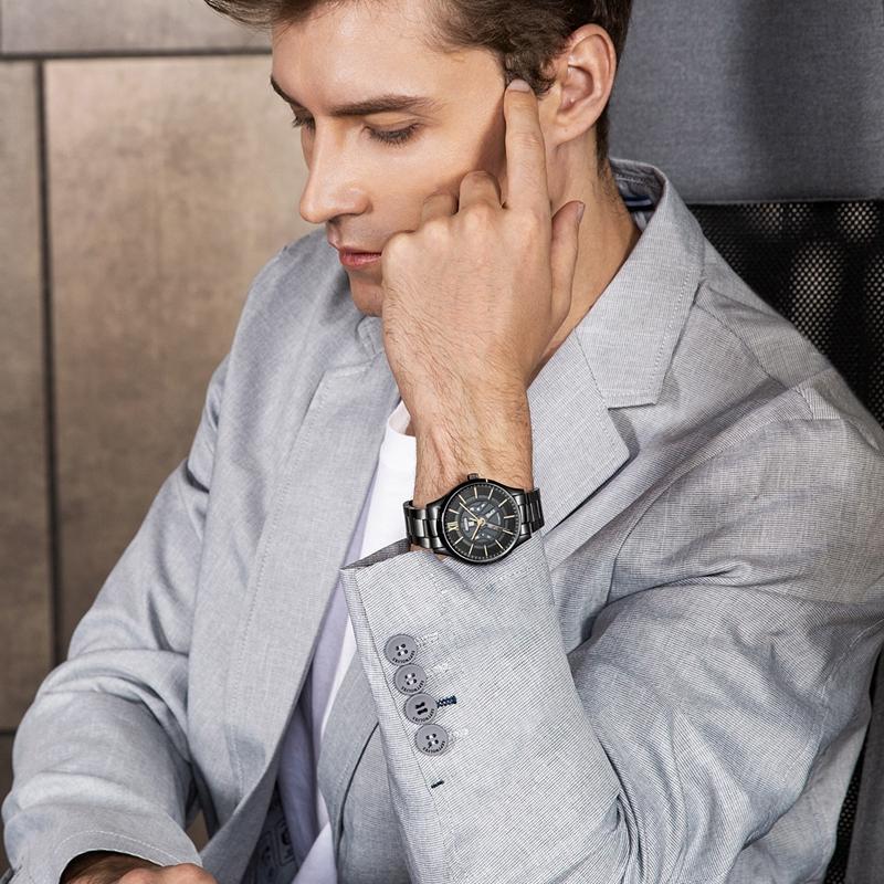 手表时髦好搭配、买得不心疼