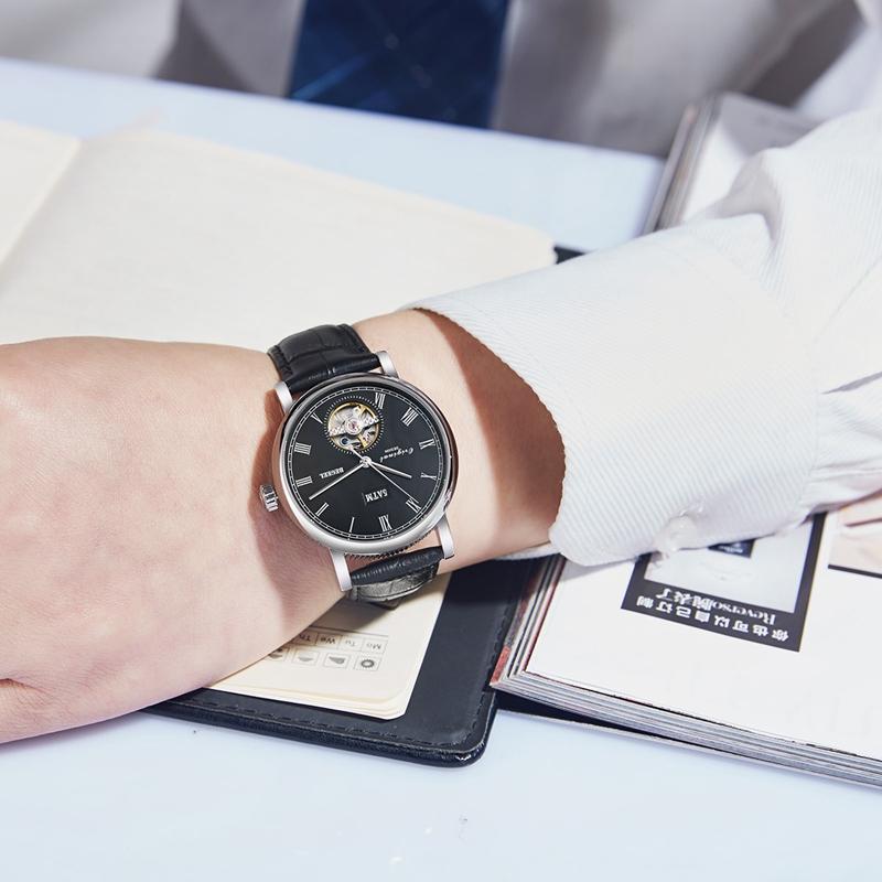 手表挑拨弹簧掉出来?手表弹簧怎么装?